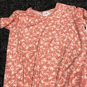 Size 14 Gracie t from Lularoe